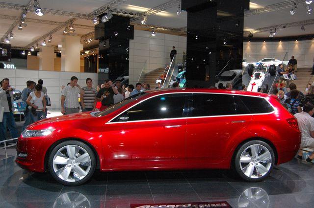 2007 Honda Accord Tourer Concept. Der Honda Accord Tourer