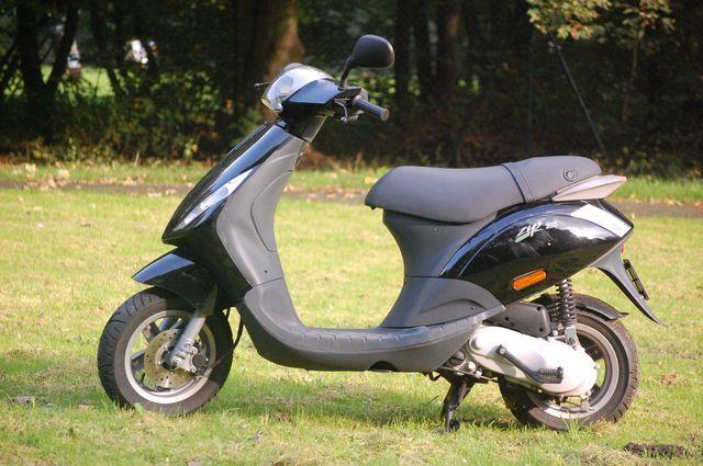 motorroller piaggio zip 25 - medienwerkstatt-wissen © 2006-2017