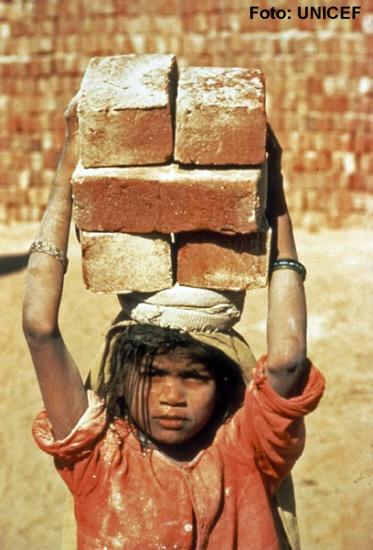 Was ist Kinderarbeit?  MedienwerkstattWissen © 2006201