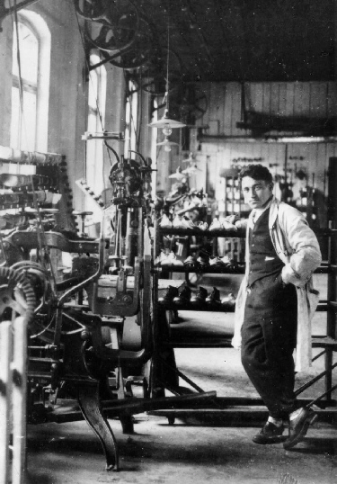 Adi Dassler – Der Erfinder der Sportschuhe und Stollen