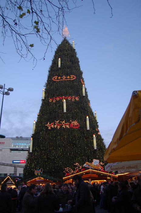 Höchster Weihnachtsbaum Deutschlands.Größter Weihnachtsbaum Der Welt Medienwerkstatt Wissen 2006 2017